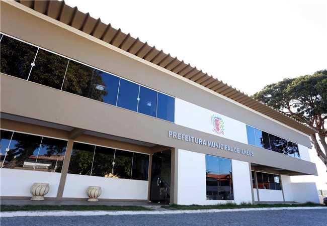 Fachada do Centro Administrativo de Ilhéus.